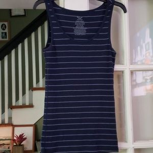 ☀️**3 for $10**☀ Navy Blue Striped Tank Lrg 12/14